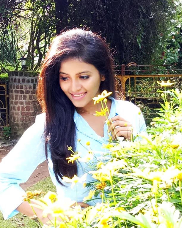 Anjali Actress Photo Collections,Indian Cinema Gallery,Anjali is a south Indian actress,Anjali Photos