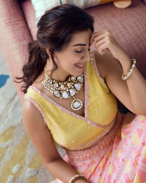 Nikki Galrani Photos - Tamil Actress photos, images, gallery, stills and clips