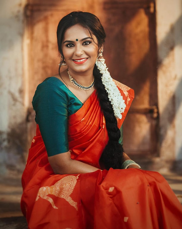 Lakshmi Priyaa Chandramouli Actress Photos Stills Gallery Lakshmi Priyaa Chandramouli Photos including Actress Lakshmi Priyaa Chandramouli Latest Stills