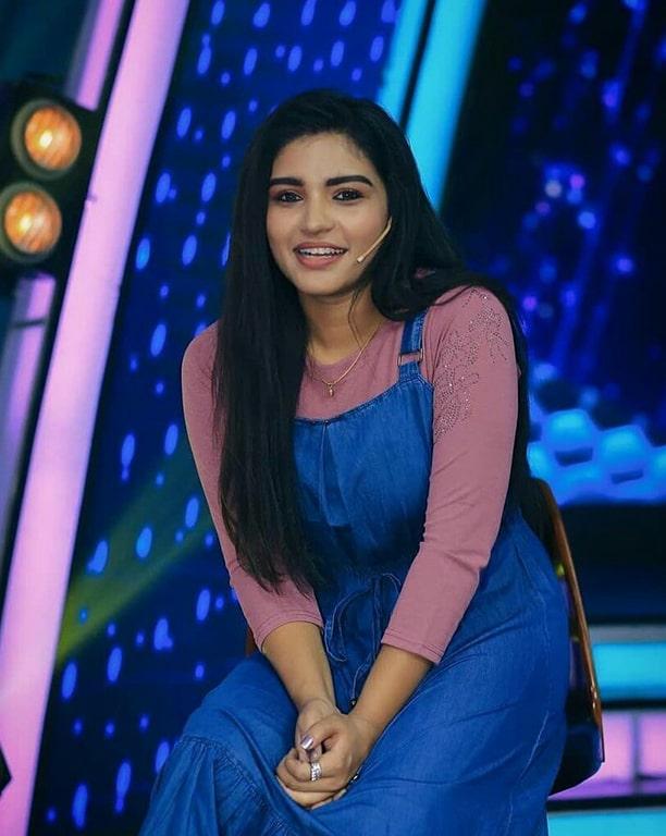 shabana shajahan Tamil zee serial actress wiki age serials hot images shabana ... Beautiful Indian Actress. Hd Images. Indian Actresses. Profile. Gallery